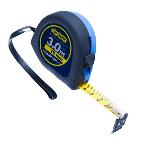 Рулетка измерительная BRIGADIER ''Powertape'' с резиновым крючком и магнитным наконечником 3х19 мм